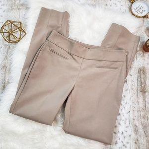 Ann Taylor Light Beige Dress Pants SZ 6 EUC